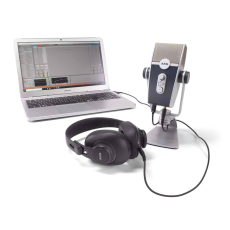 AKG Podcaster Essentials Kit (Lyra + K371)